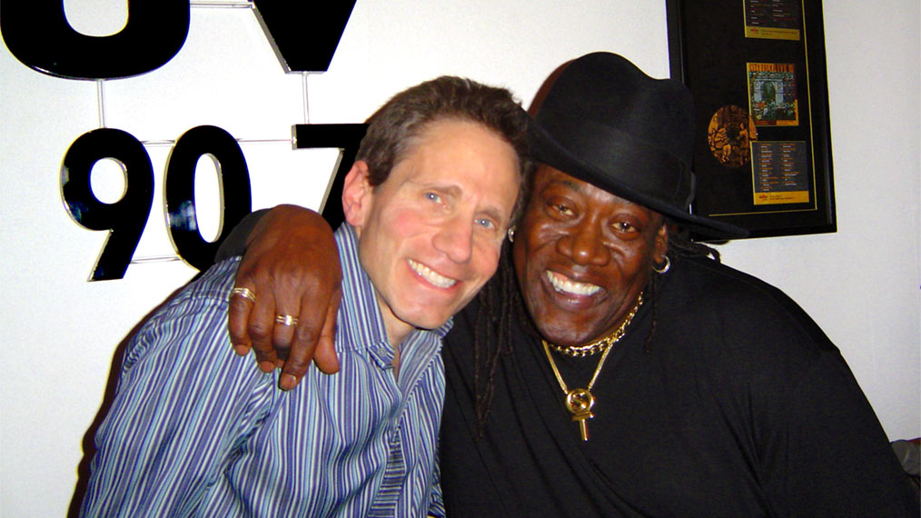 Dennis Elsas and Clarence Clemons in 2004