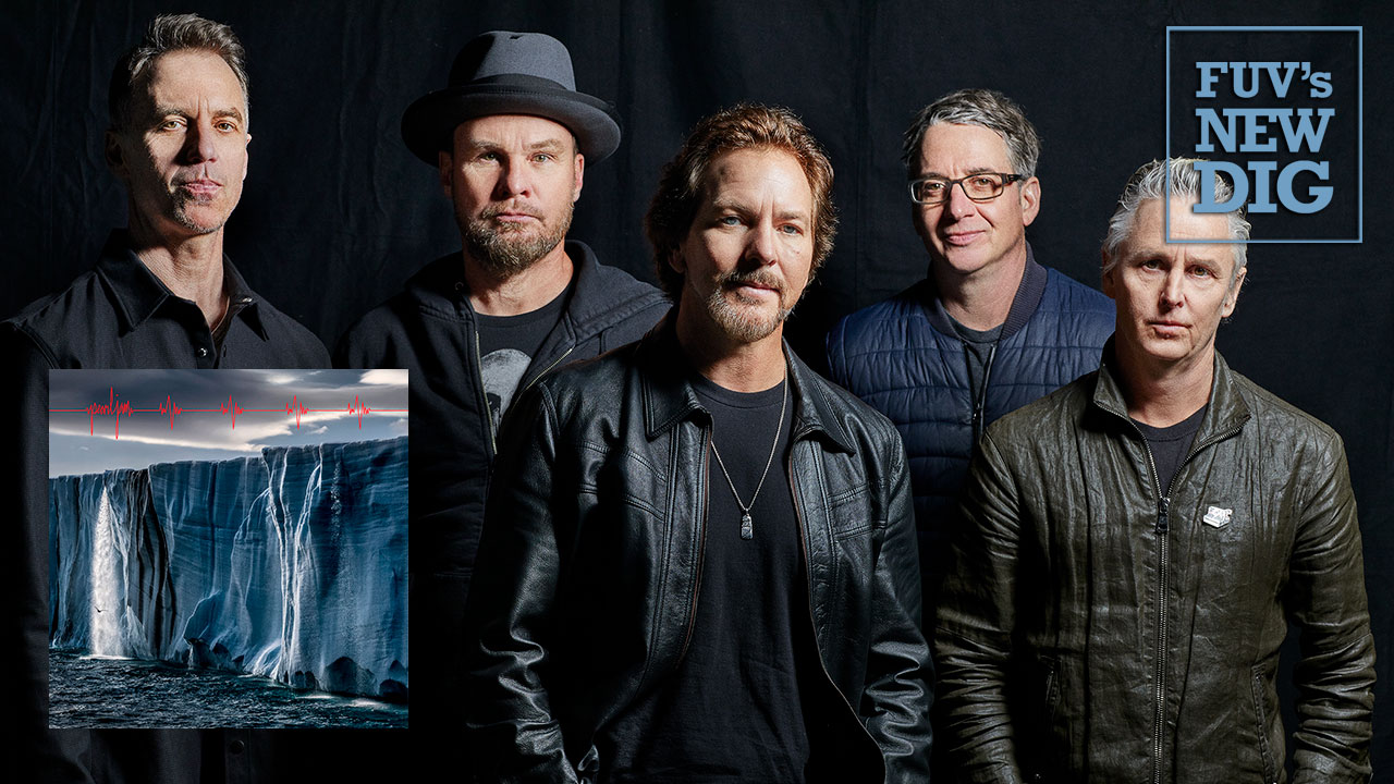 Pearl Jam (photo by Danny Clinch, PR)
