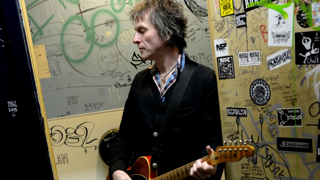 Tommy Stinson (photo by Steve Cohen, PR)