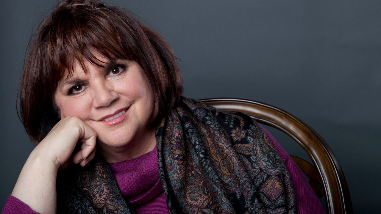 Linda Ronstadt in 2013 (photo by Amy Sussman/Invision/AP)