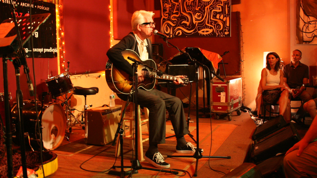 Nick Lowe at The Living Room (photo by Laura Fedele/WFUV)