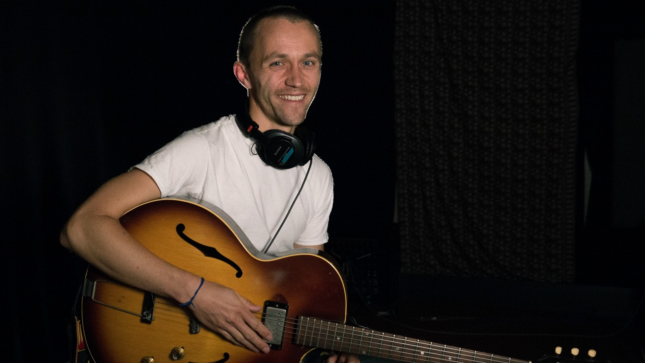 Sondre Lerche in Studio A (photo by Dan Tuozzoli/WFUV)