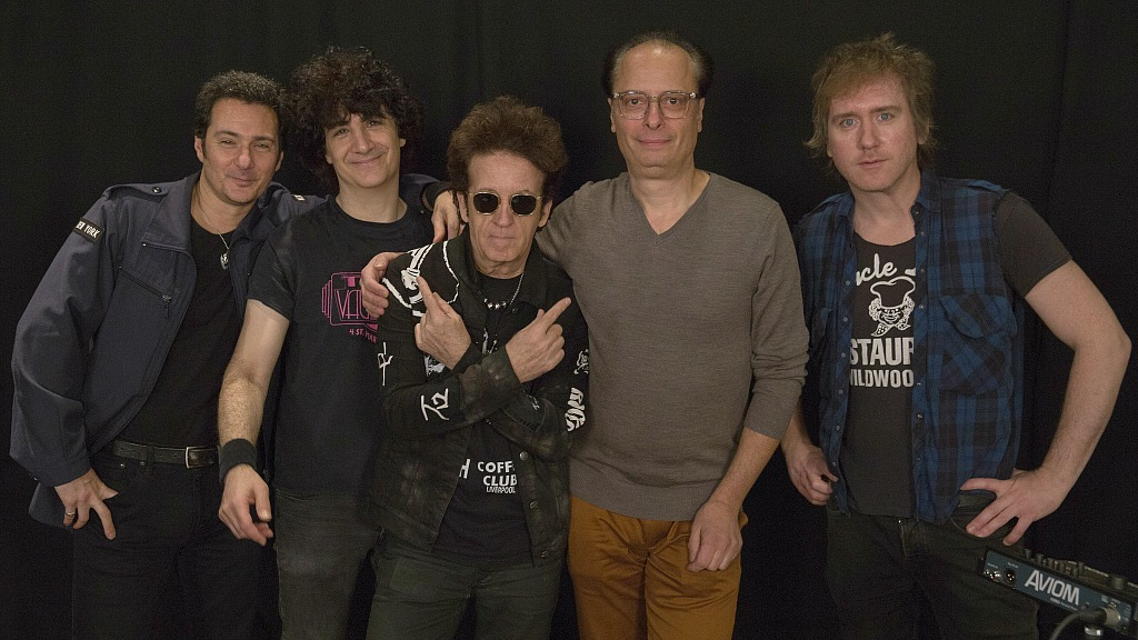 """Willie Nile and bandmates with """"Cavalcade"""" host Paul Cavalconte (photo by Alexandra Brennan, WFUV)"""