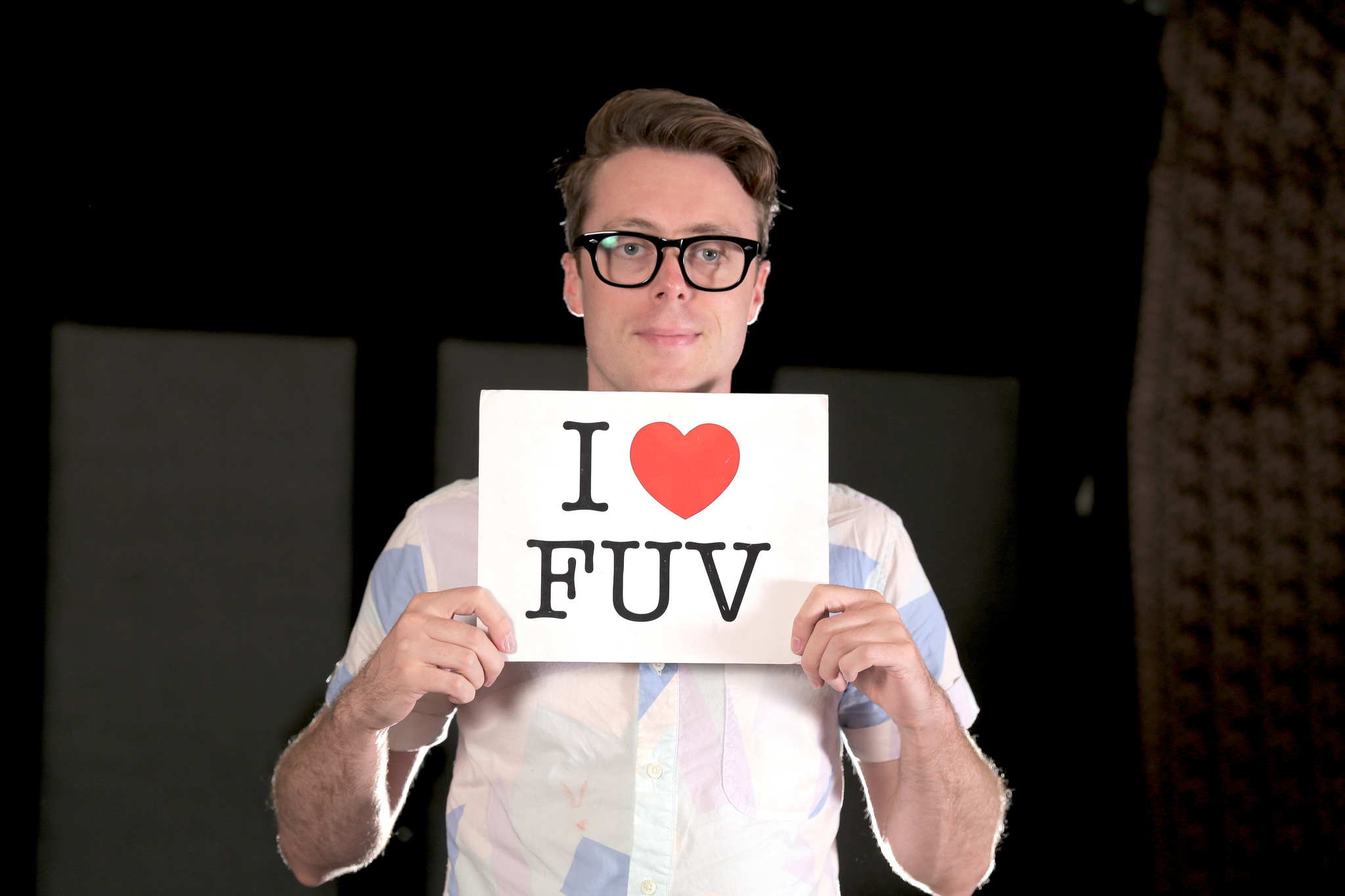 Hear an FUV Live session with Jeremy Messersmith tonight at 9.