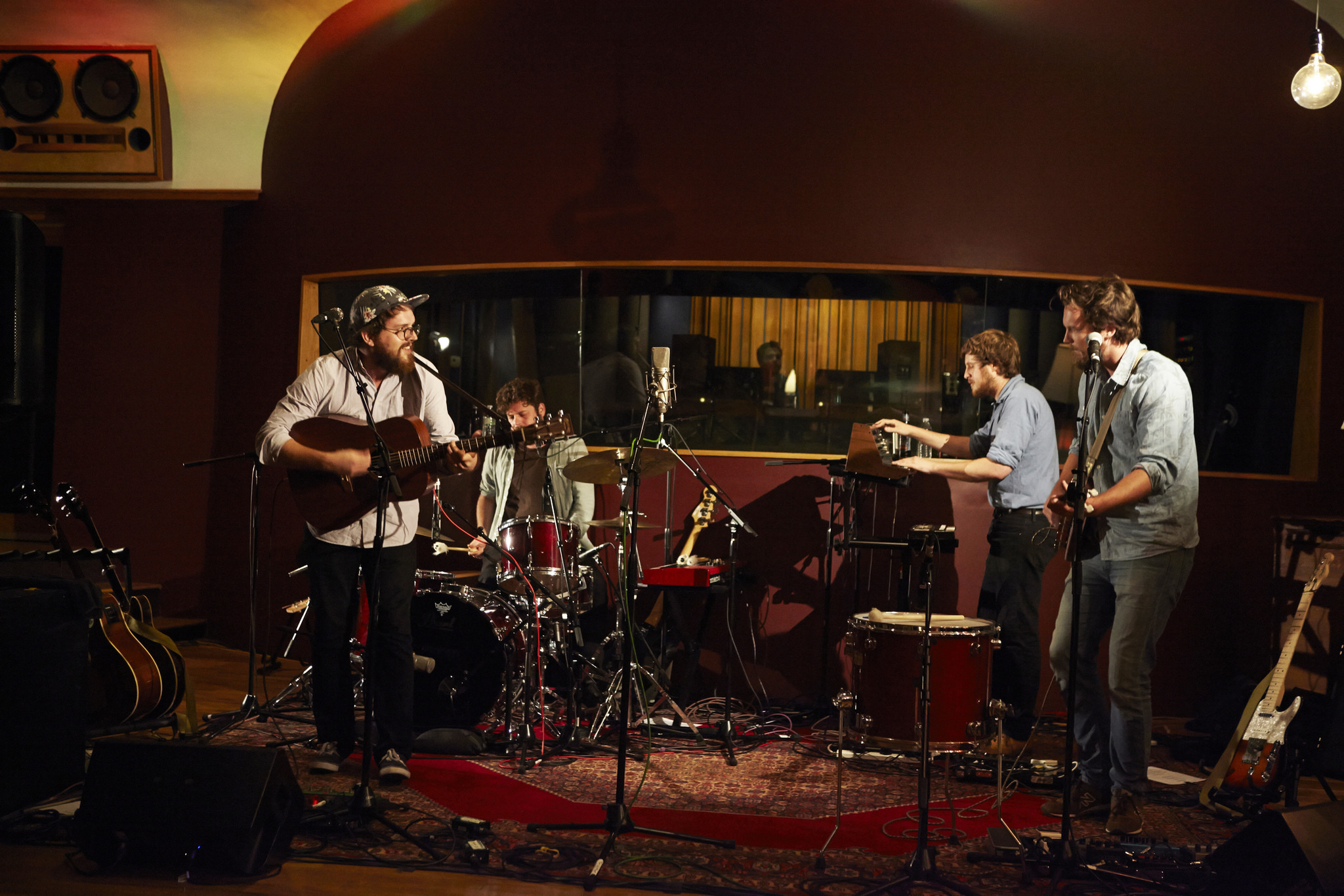 Hear an FUV Live concert with Bear's Den tonight at 9.