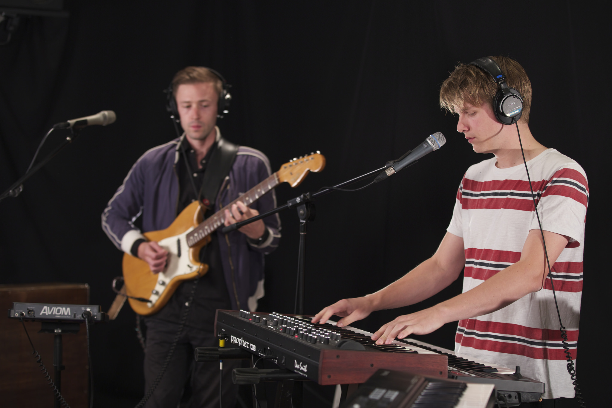 Hear an Alternate Side in Session with Teleman.
