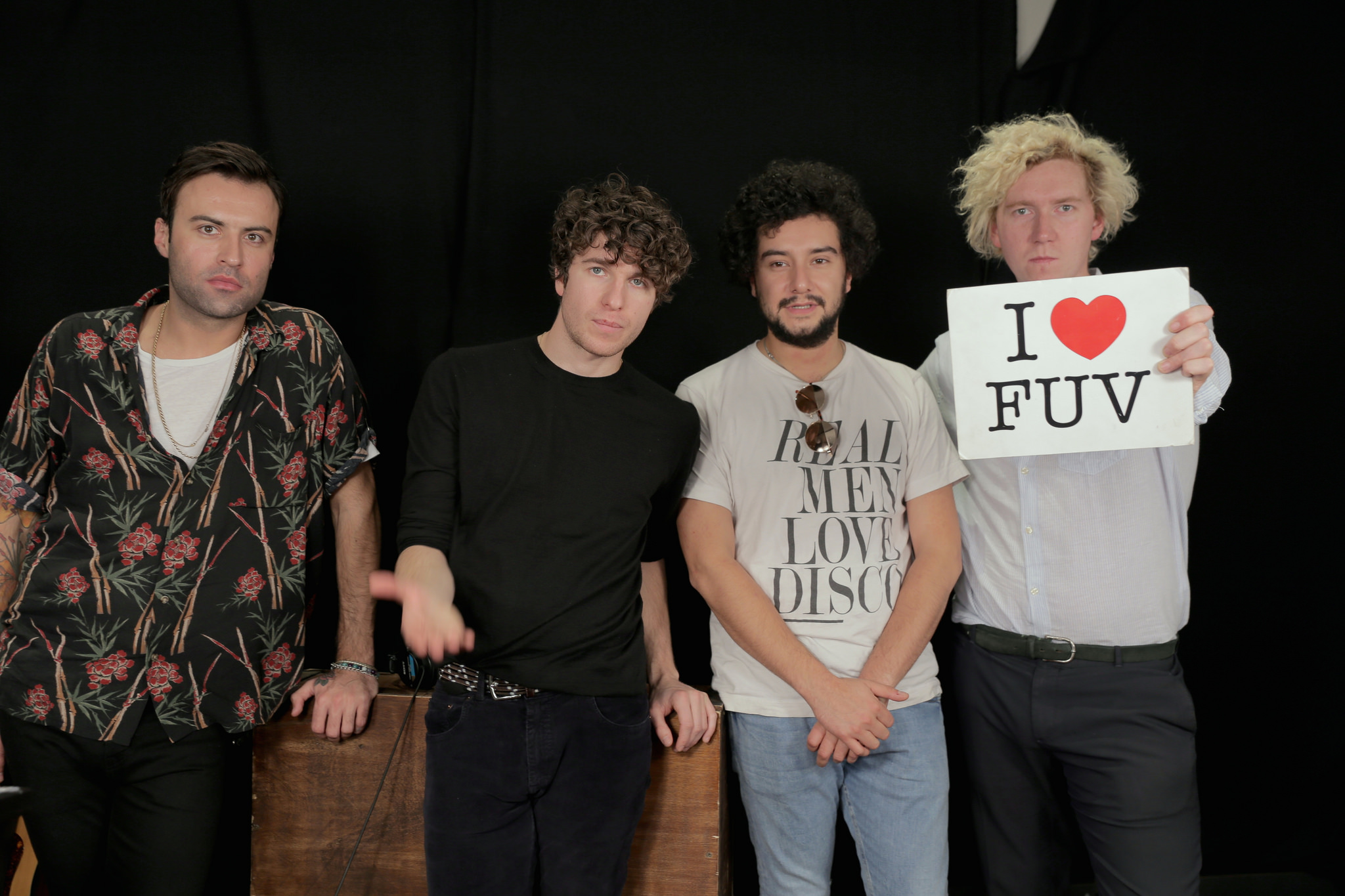 Hear an FUV Live session with The Kooks tonight at 9.