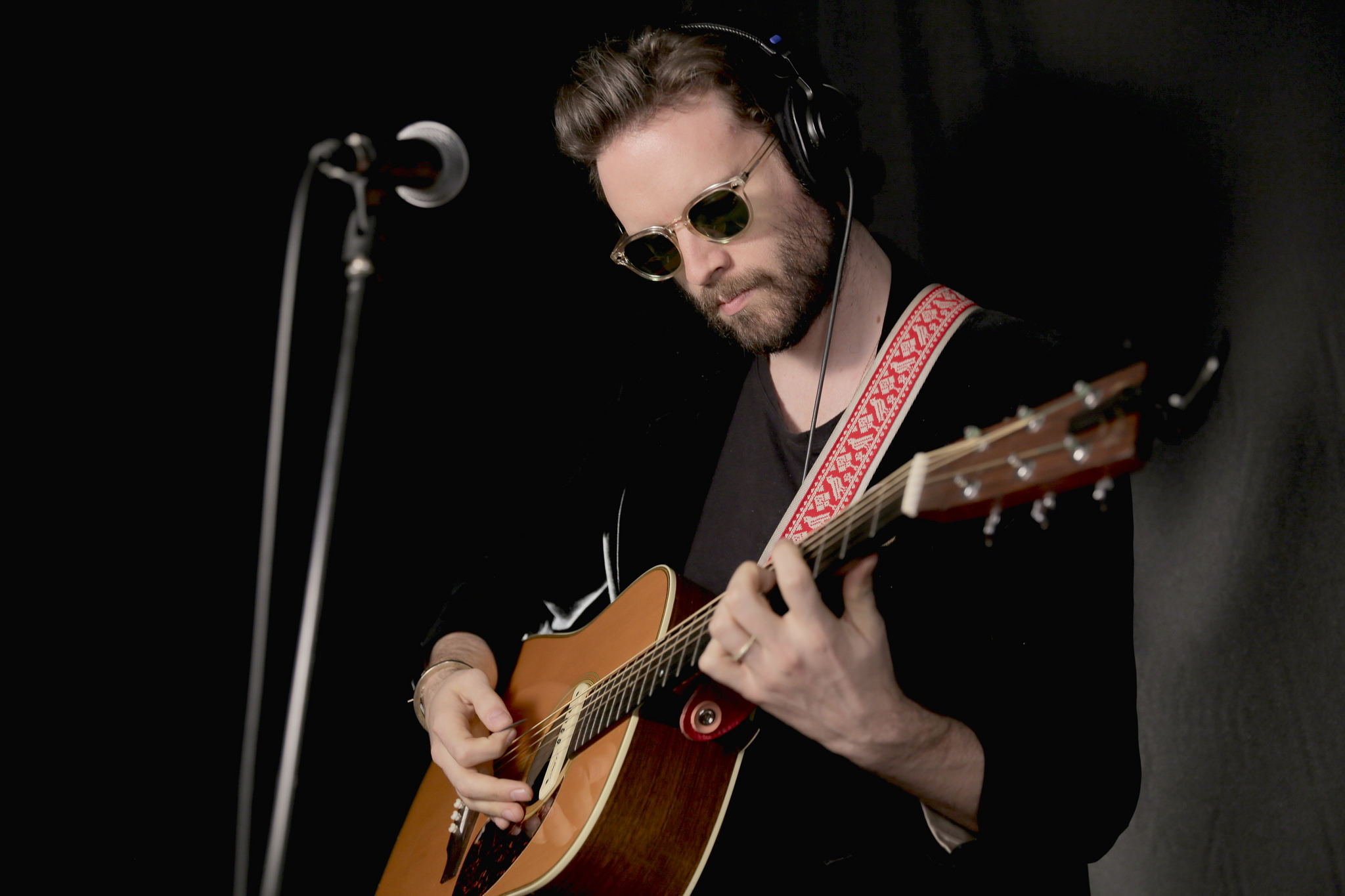 Hear an FUV Live session with Father John Misty tonight at 9.