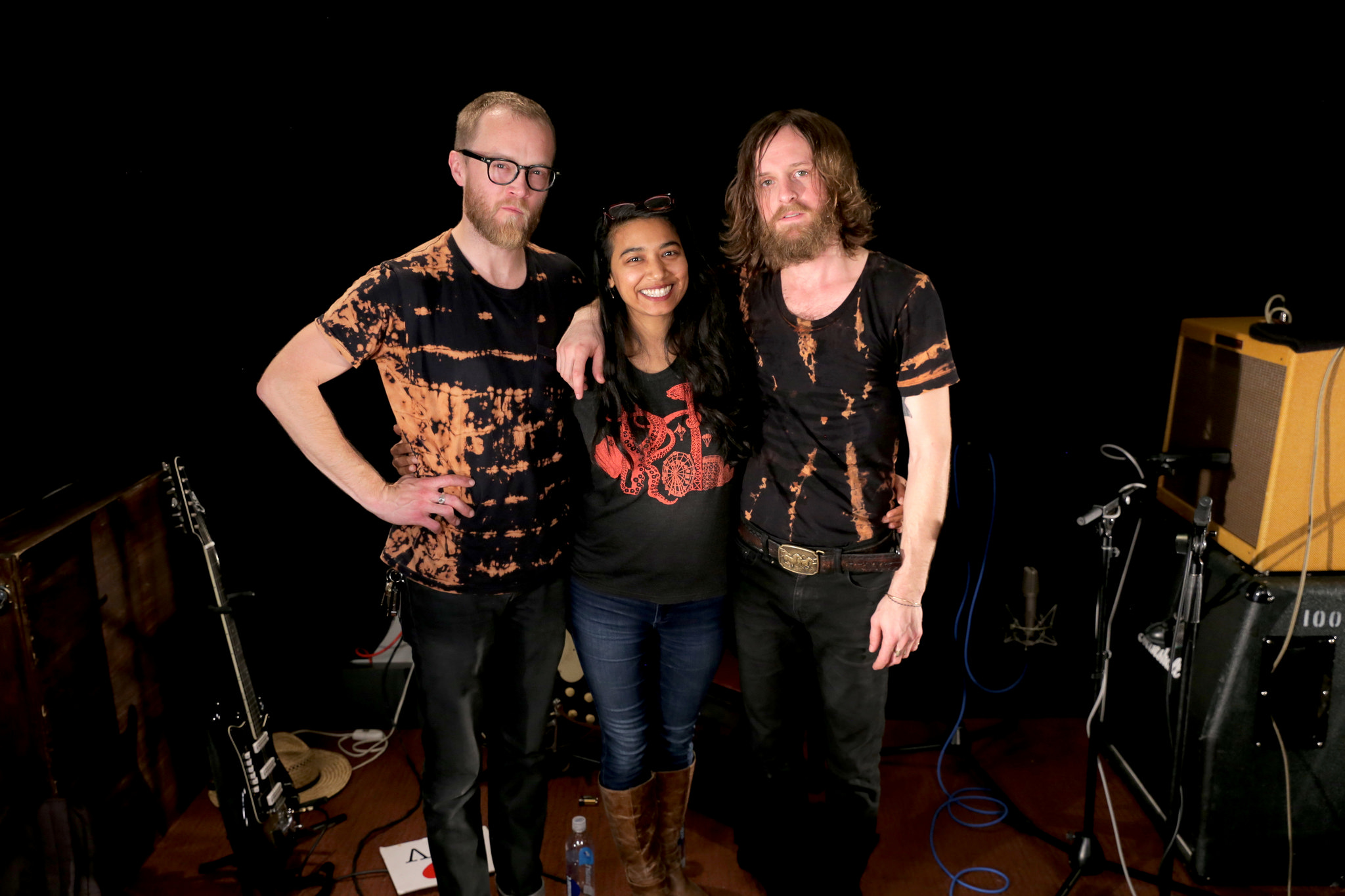 Hear an Alternate Side in  Session with Two Gallants.