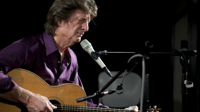 Tonight at 9pm on Words & Music: Acoustic blues master Chris Smither visits Studio A. See video here.