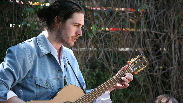 Making the world better with a big voice and a great song: Hozier at SXSW (video)
