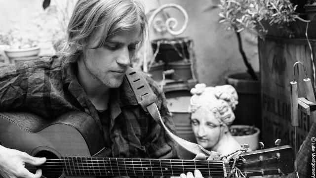 Hear an FUV Live session with Johnny Flynn tonight at 9
