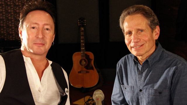 Hear an FUV Live session with Julian Lennon and Dennis Elsas, tonight at 9.