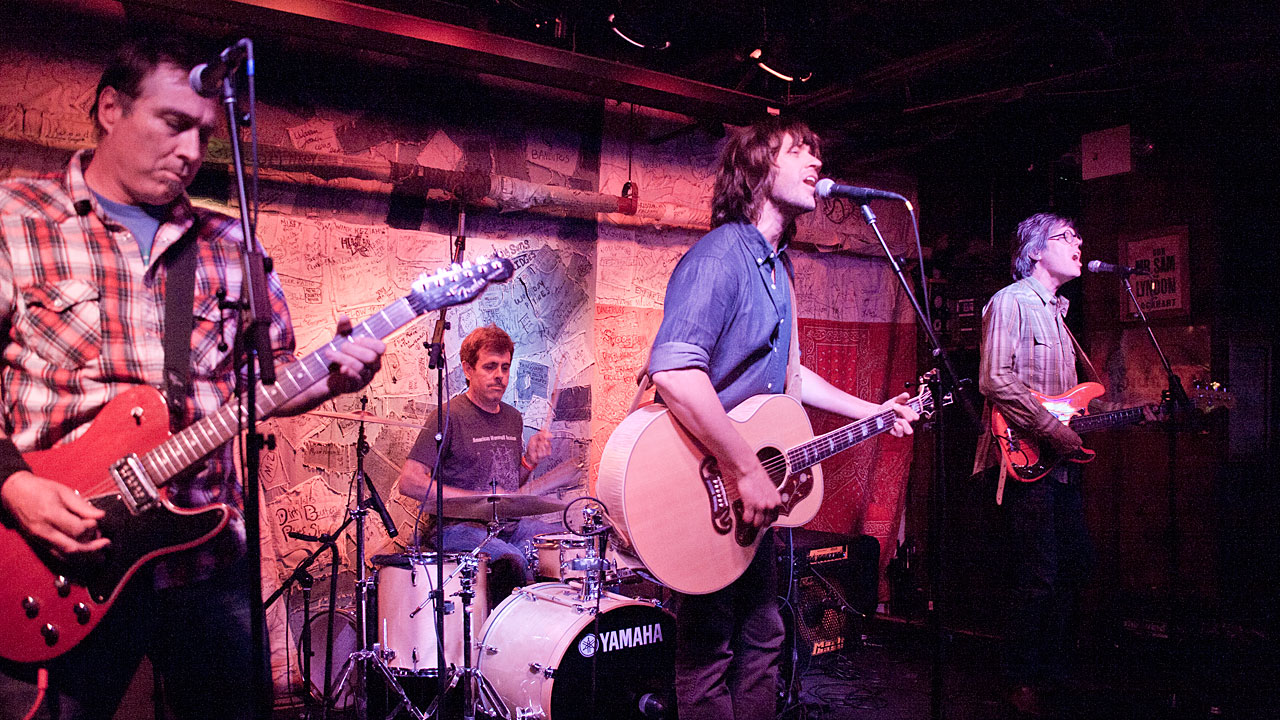 Hear an FUV Live concert with Old 97's tonight at 9.