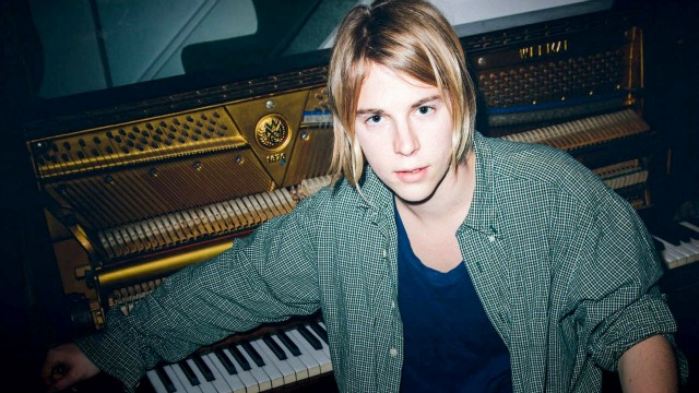 Hear an FUV Live session with British singer-songwriter Tom Odell, tonight at 9.