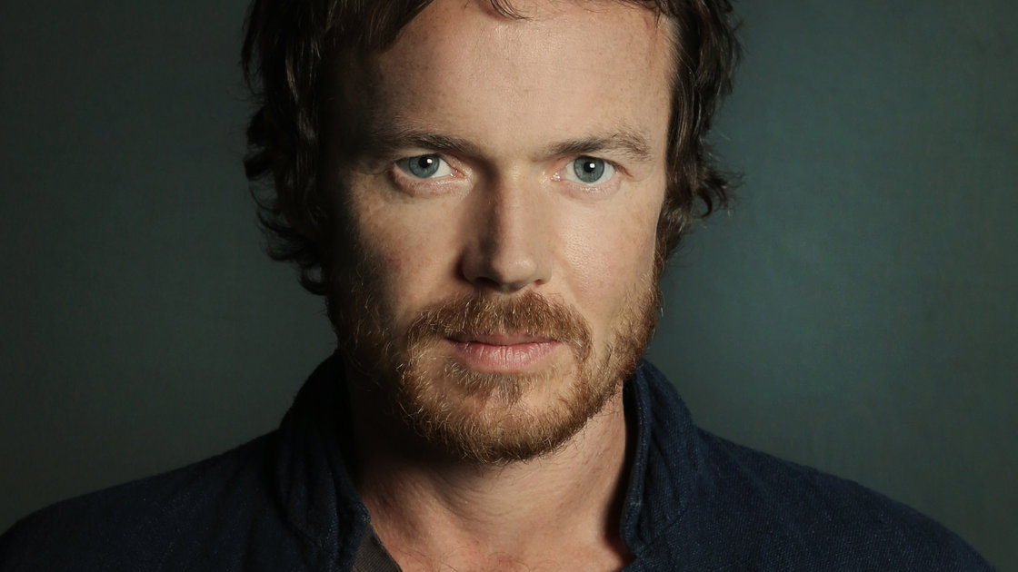 Hear an FUV Live session with Damien Rice tonight at 9.