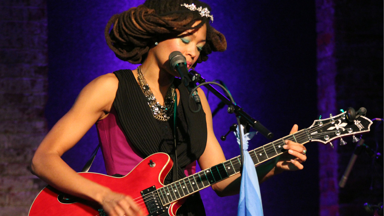 Hear an FUV Live show with Valerie June tonight at 9