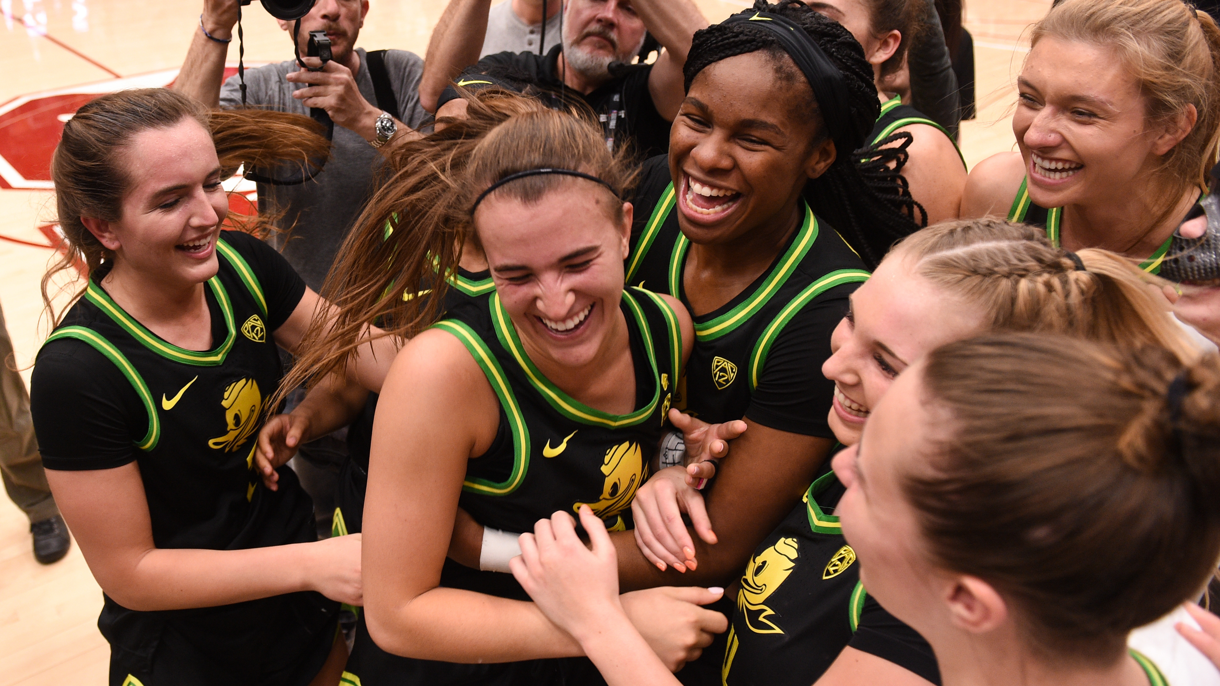 Sabrina Ionescu makes NCAA history hours after speaking at Kobe Bryant memorial