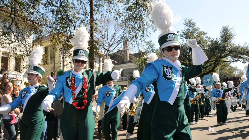 tulane-university-marching-band-mardi-gras