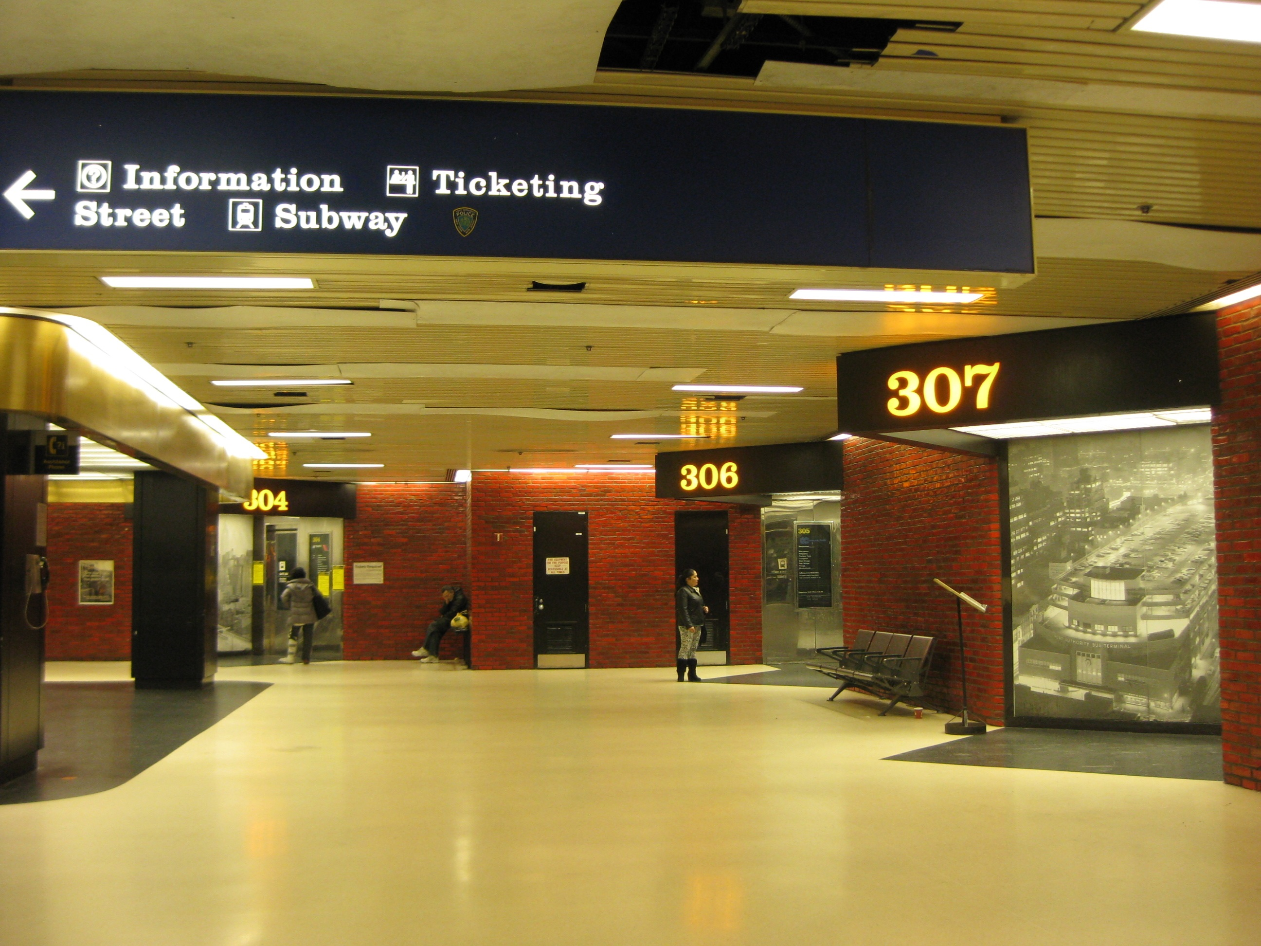 Port authority reassigns gates to streamline travel wfuv - Port authority bus schedule ...