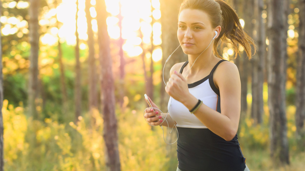 woman-running-earbuds-headphones
