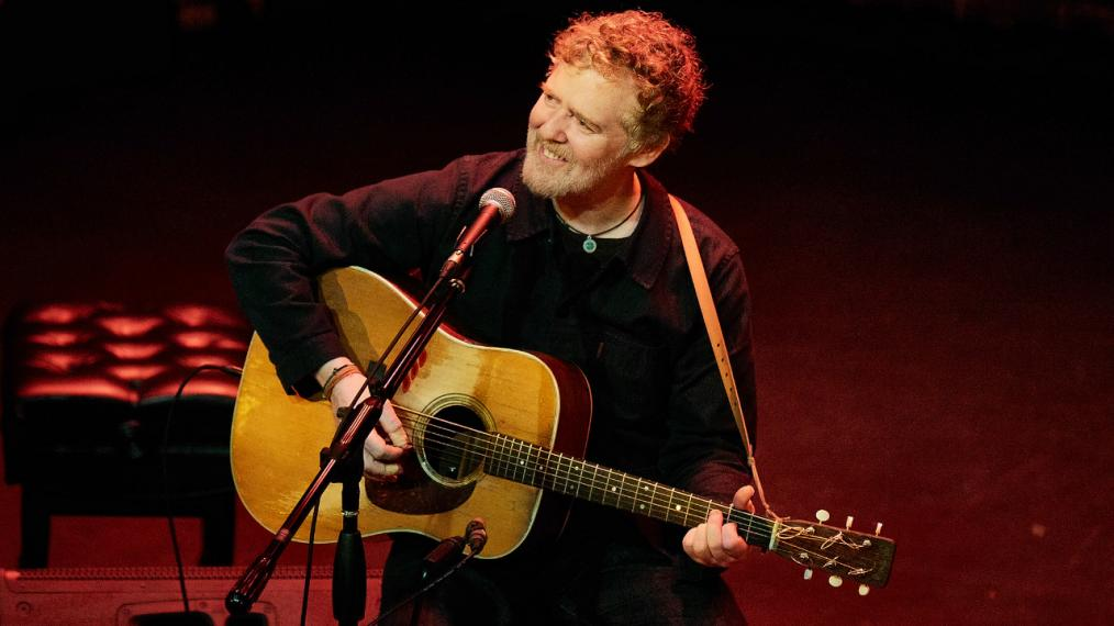 Glen Hansard at The Sheen Center (photo by Gus Phillipas/WFUV)
