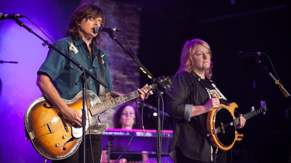 indigo-girls-amy-ray-emily-saliers