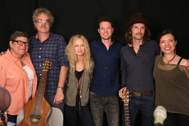 Shelby Lynne with band and WFUV's Rita Houston & Carmel Holt