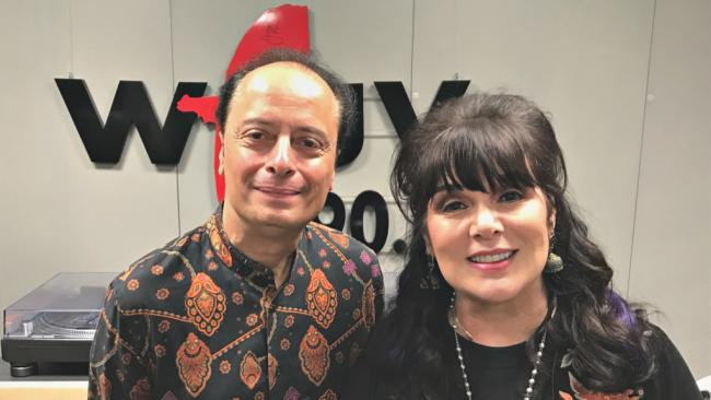 """""""Cavalcade"""" host Paul Cavalconte with Ann Wilson (photo by Jeremy Rainer, WFUV)"""