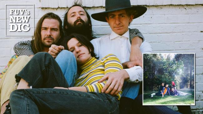 Big Thief (photo by Michael Buisha, PR)