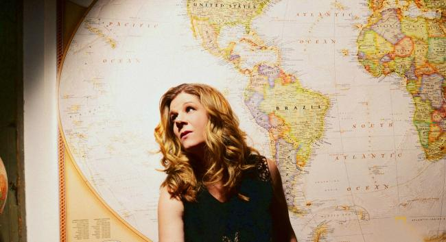 Dar Williams (Photo from artist's website)