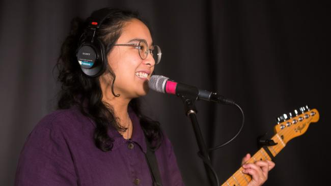 Jay Som in Studio A (photo by Olivia Brewer/WFUV)