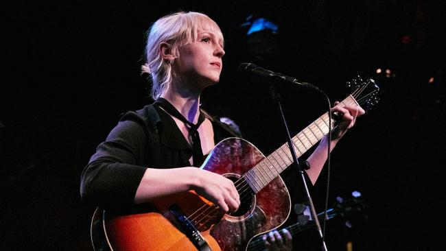 Laura Marling in FUV Live performance at Rockwood Music Hall