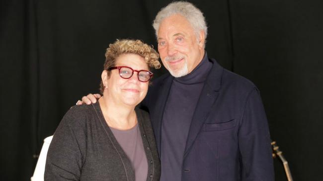 Rita Houston with Tom Jones (photo by Michael Sperling)