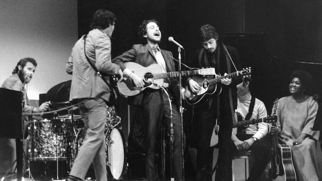 the-band-bob-dylan-carnegie-hall