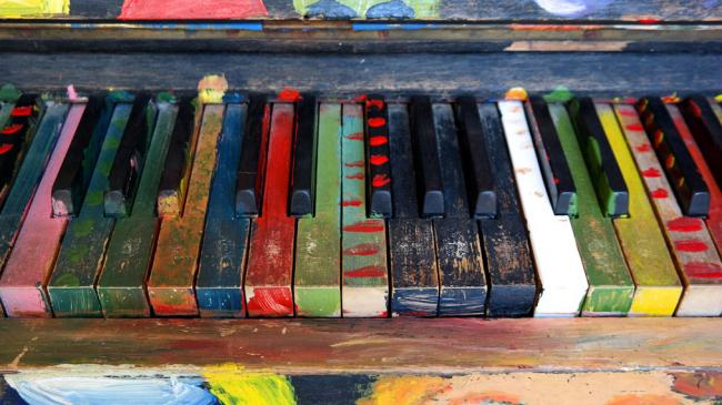 colorful-painted-piano-keyboard