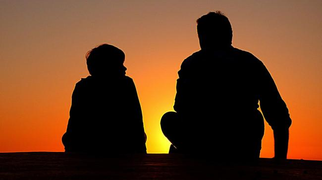 father-son-silhouetter