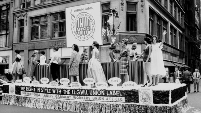 ilgwu-float-labor-day-parade