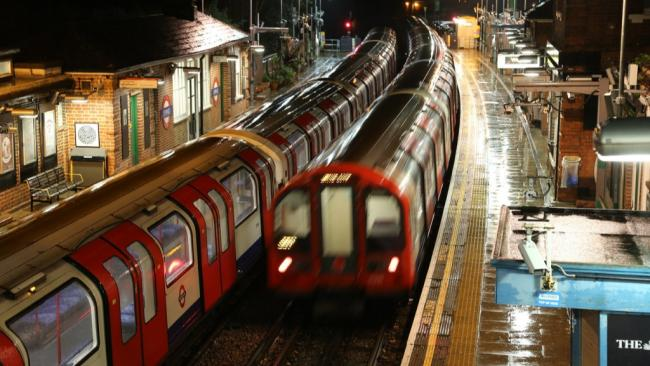 Tube trans at Epping (courtesy of Pixabay)