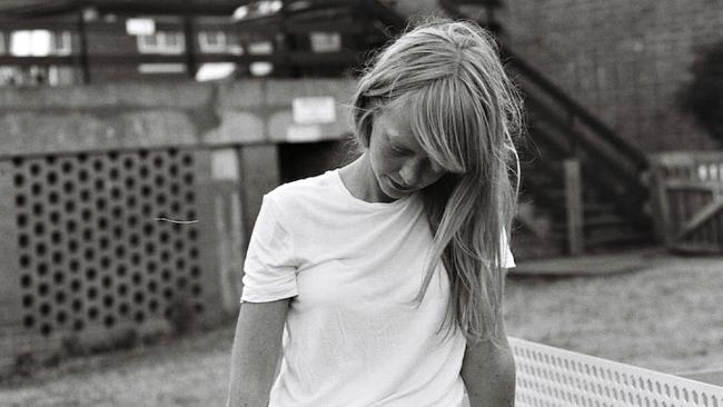 Lucy Rose (photo courtesy of Sacks & Co., PR)