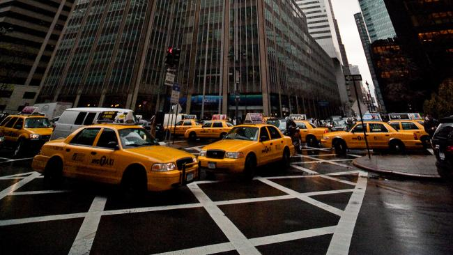 manhattan-gridlock-taxis