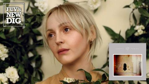 Laura Marling (photo by Hollie Fernando, PR)
