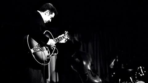Kenny Burrell in Buffalo, NY 1977 (photo by Tom Marcello, courtesy of Creative Commons)
