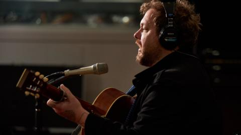 Nathaniel Rateliff in Studio A (photo by Gus Philippas/WFUV)