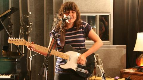 Courtney Barnett (photo by Laura Fedele for WFUV)