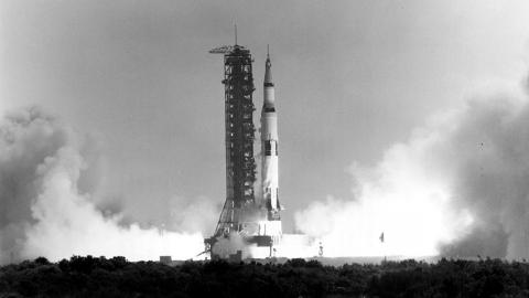 apollo-11-liftoff