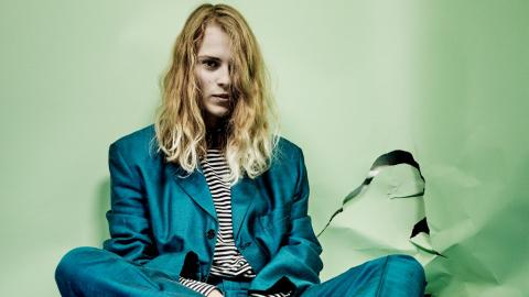 Marika Hackman (photo by Steve Gullick, PR)