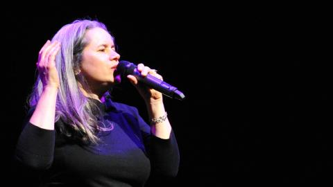 Natalie-Merchant-WFUV-Holiday-Cheer