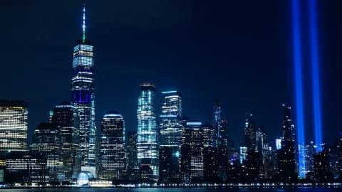 Tribute in Light for 9/11 (photo by David Z for Pixabay)