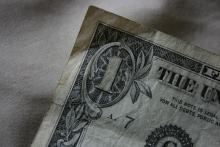 Poll: New Yorkers Support Raising Minimum Wage